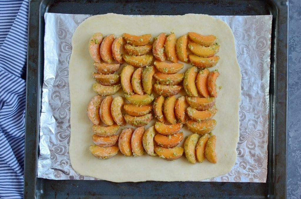 Apricot and Lime Galette recipe - step 5