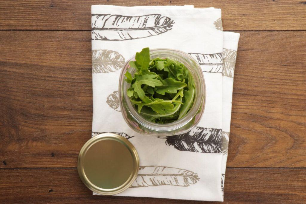 Arugula & Tuna Jar Salad recipe - step 3