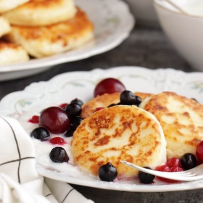 Farmer's Cheese Pancakes Syrniki Recipe-Cheese Pancakes-Russian Cheese Pancakes