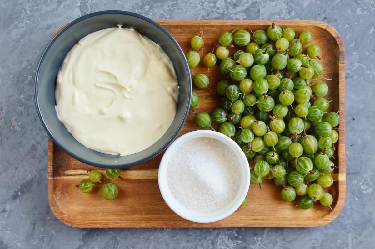Ingridiens for Gooseberry Ice Cream