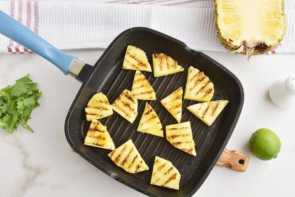 Grilled Pineapple Salsa recipe - step 3