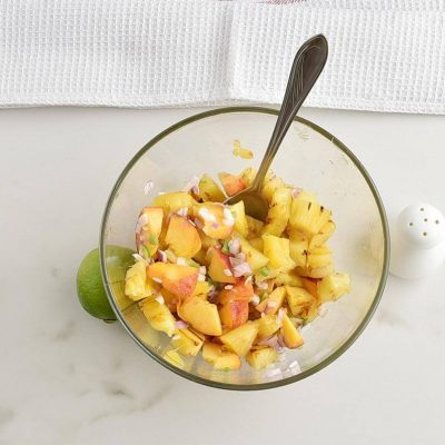 Grilled Pineapple Salsa recipe - step 4