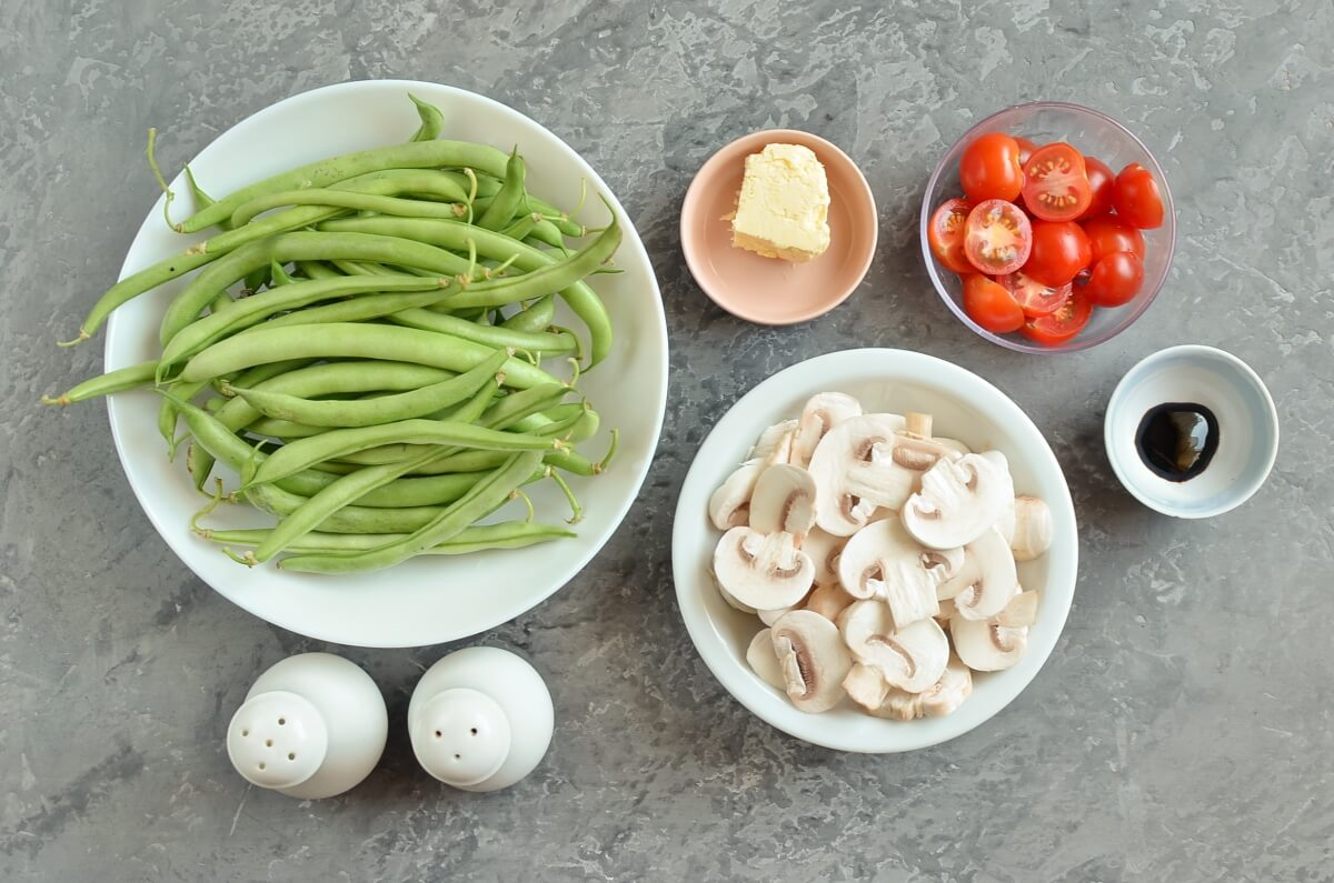 Ingridiens for Haricots Verts with Cherry Tomatoes & Mushrooms