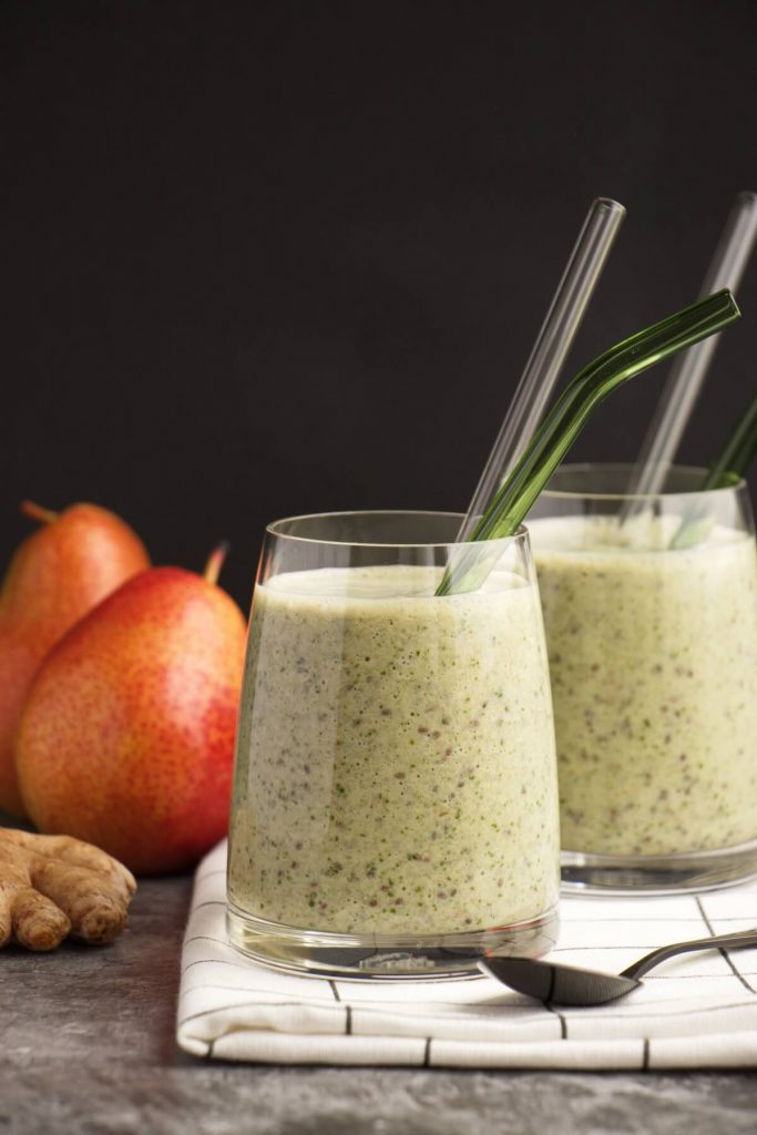 Delicious & filling breakfast smoothie