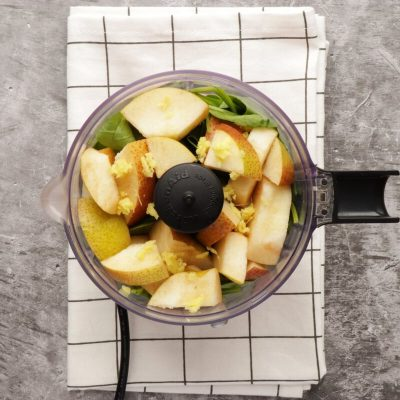 Healthy Pear Ginger Chia Smoothie recipe - step 3