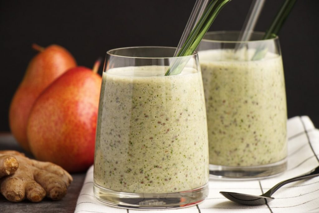 Healthy Pear Ginger Chia Smoothie Recipe-Pear Ginger Smoothie-Pear Smoothie