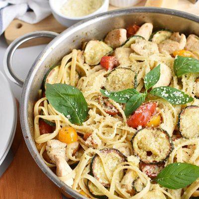 Parmesan Zucchini Tomato Chicken Spaghetti Recipe–Homemade Parmesan Zucchini Tomato Chicken Spaghetti–Easy Parmesan Zucchini Tomato Chicken Spaghetti