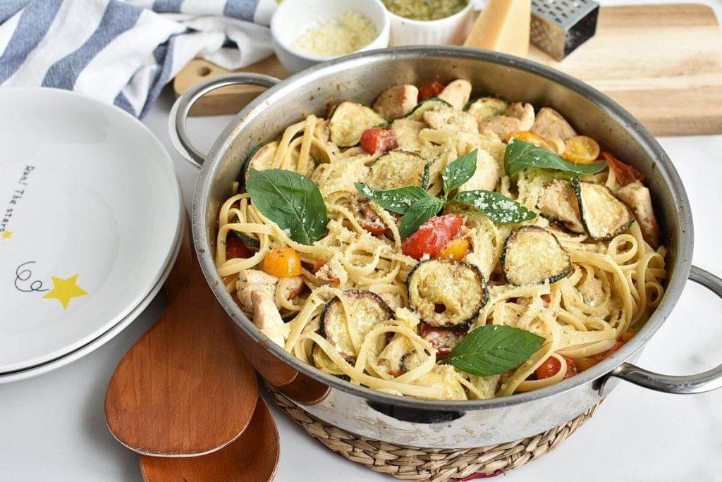 How to serve Parmesan Zucchini Tomato Chicken Spaghetti