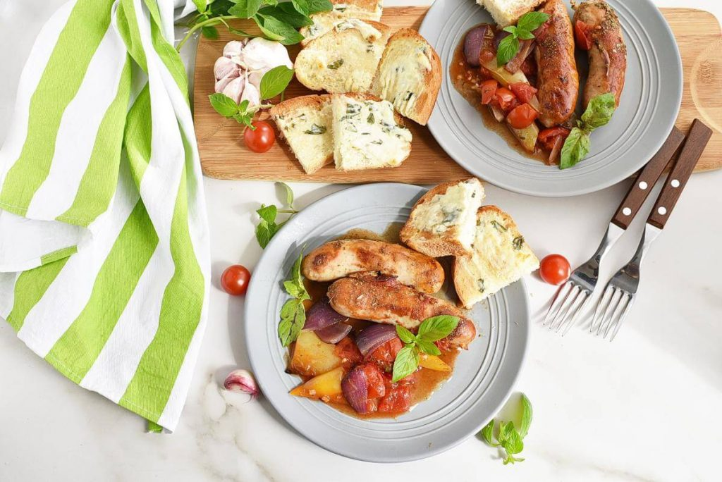 How to serve Sausage Casserole with Garlic Toasts