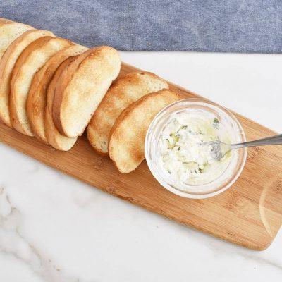 Sausage Casserole with Garlic Toasts recipe - step 7