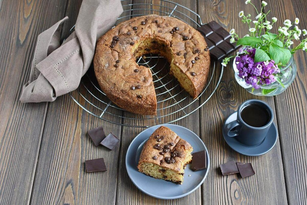 How to serve Sour Cream Chocolate Chip Coffee Cake
