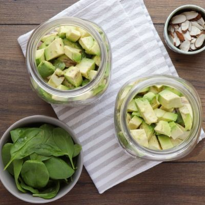 Strawberry Spinach Jar Salad recipe - step 3