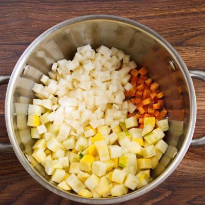 Summer Squash Soup recipe - step 2