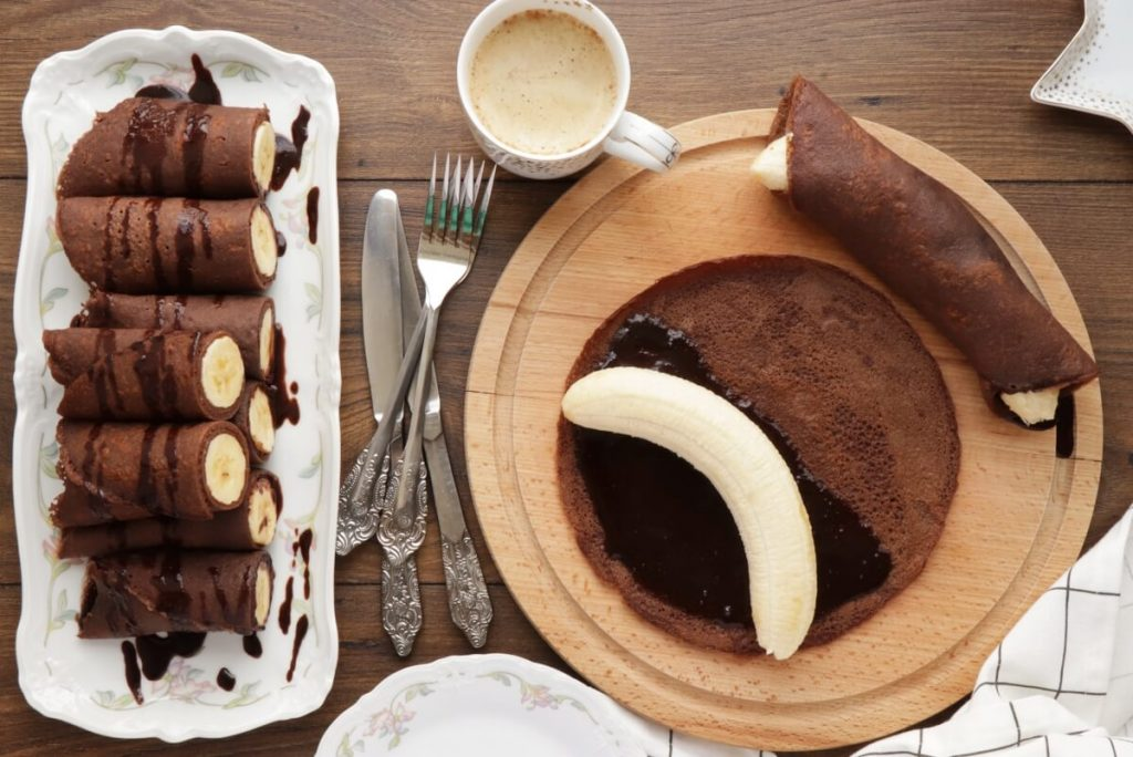 How to serve Vegan Chocolate Crepes with Banana