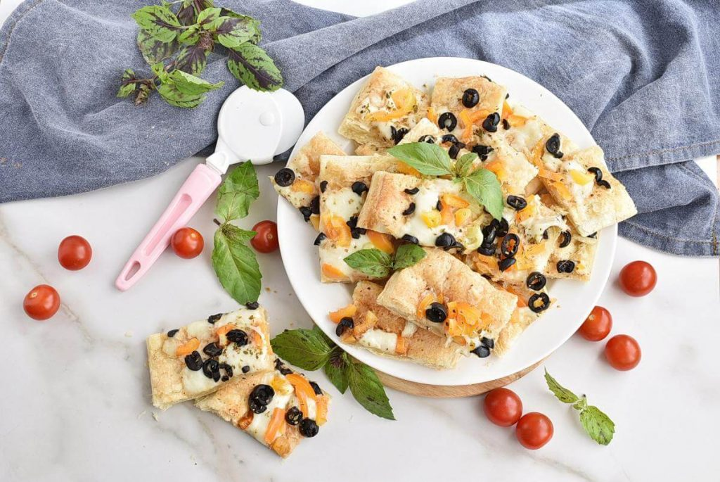 How to serve White Pizza Appetizers