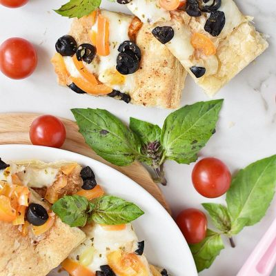 WHITE PIZZA APPETIZERS Recipe–Homemade WHITE PIZZA APPETIZERS–Easy WHITE PIZZA APPETIZERS