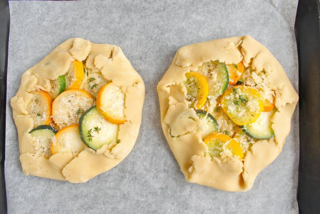Zucchini and Goat Cheese Galettes recipe - step 7