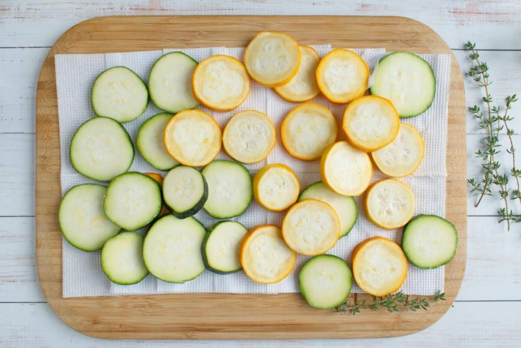 Zucchini and Goat Cheese Galettes recipe - step 1