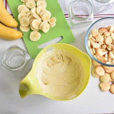 Banana Cream Pie in a Jar recipe - step 1