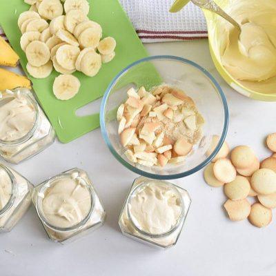 Banana Cream Pie in a Jar recipe - step 2