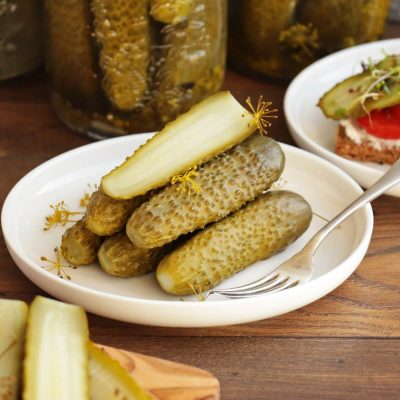 Canned Dill Pickle Recipe-Dill Pickle Recipe for Canning-How to Make Dill Pickles