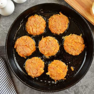 Cheesy Carrot Fritters recipe - step 7