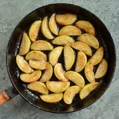Cinnamon Apple Dutch Baby recipe - step 2