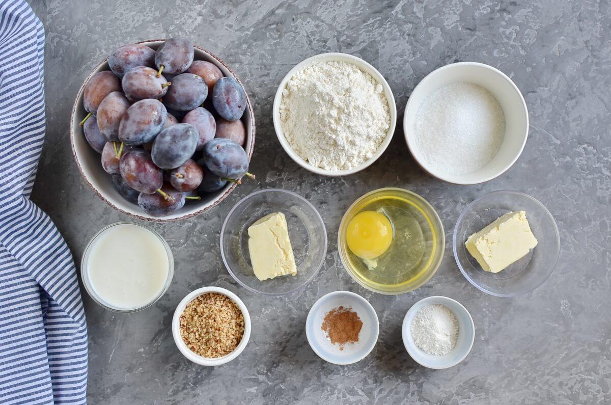 Ingridiens for Damson Plum Crumble Cake