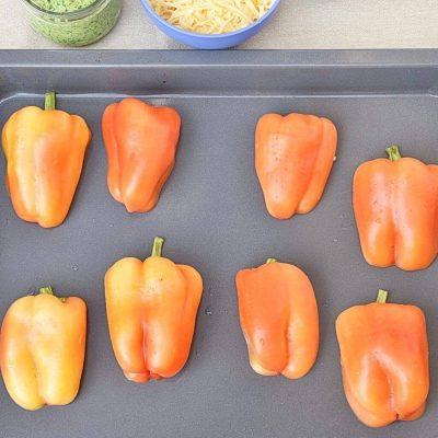 Easy Chicken Pesto Stuffed Peppers recipe - step 1