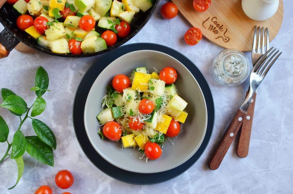 Garlic-Parmesan Zucchini Squash & Tomatoes Recipe-How To Make Garlic-Parmesan Zucchini Squash & Tomatoes-Delicious Garlic-Parmesan Zucchini Squash & Tomatoes