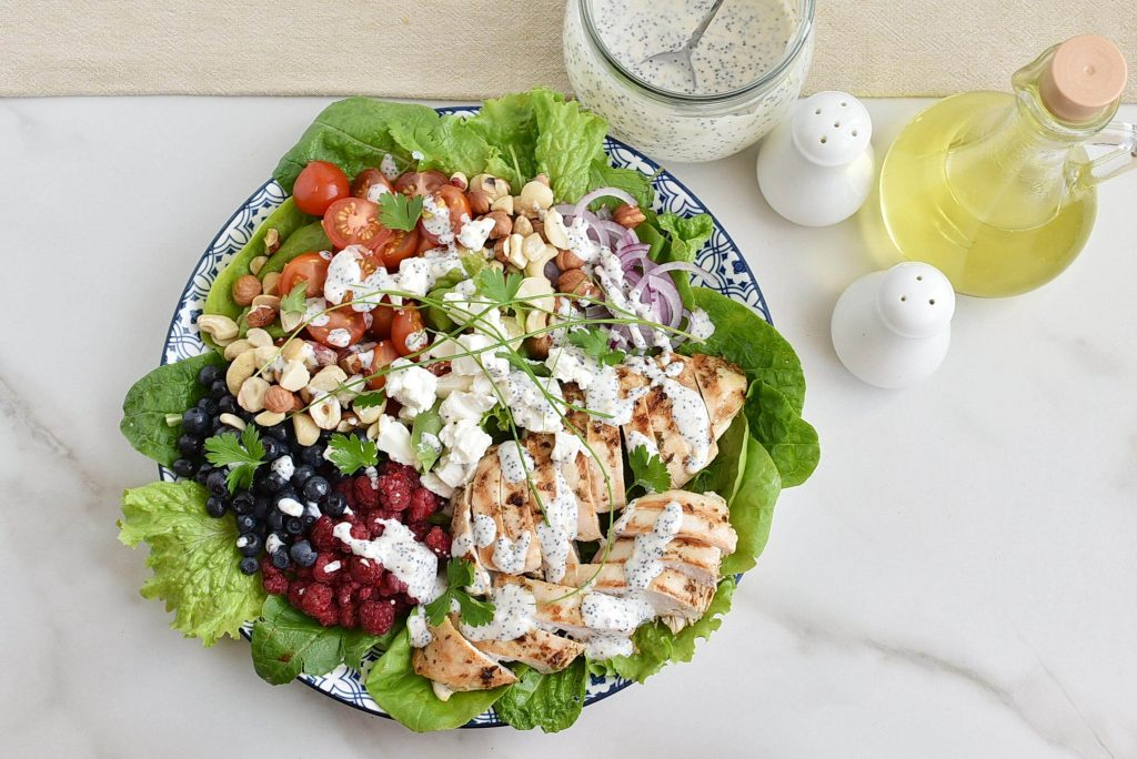 Grilled Chicken Salad with Raspberry recipe - step 4