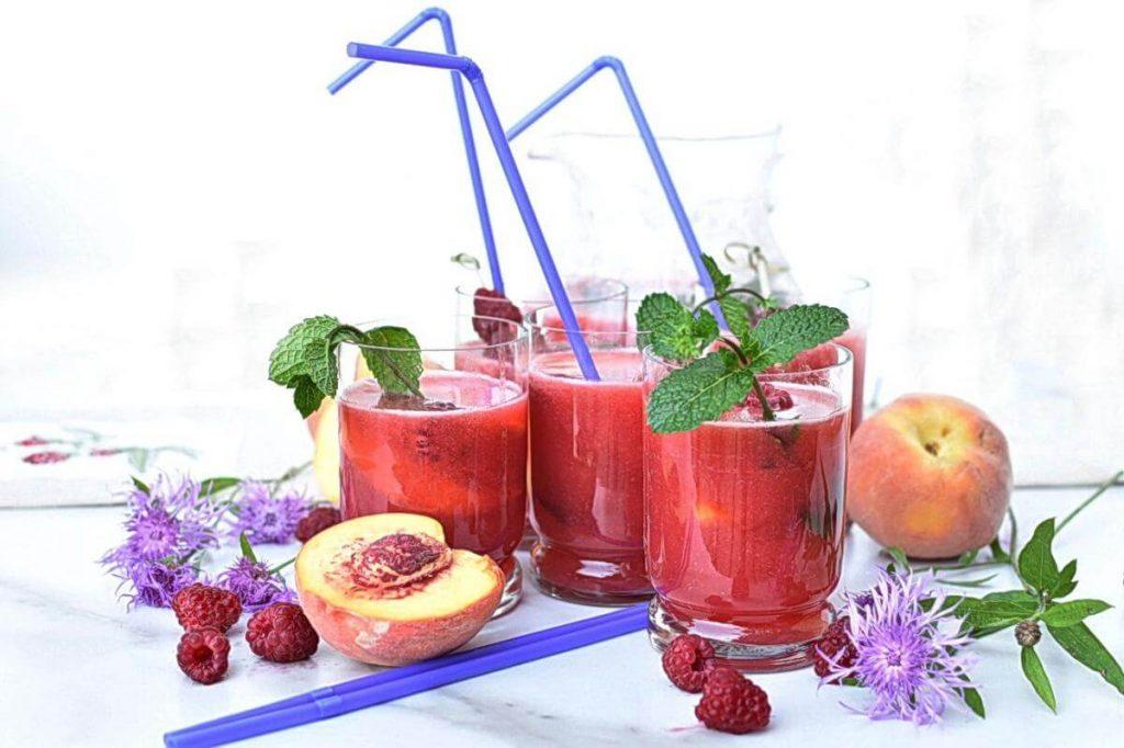 How to serve Homemade Raspberry Peach Lemonade