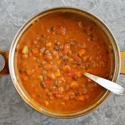 Homemade Vegetarian Chili recipe - step 6
