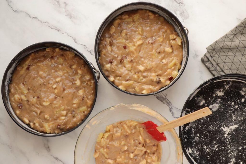 Hummingbird Cake recipe - step 5