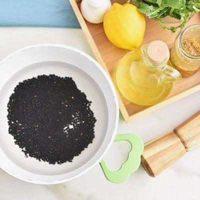 Lemony Roasted Broccoli, Arugula and Lentil Salad recipe - step 4