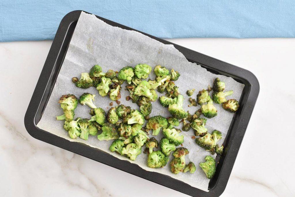 Lemony Roasted Broccoli, Arugula and Lentil Salad recipe - step 3