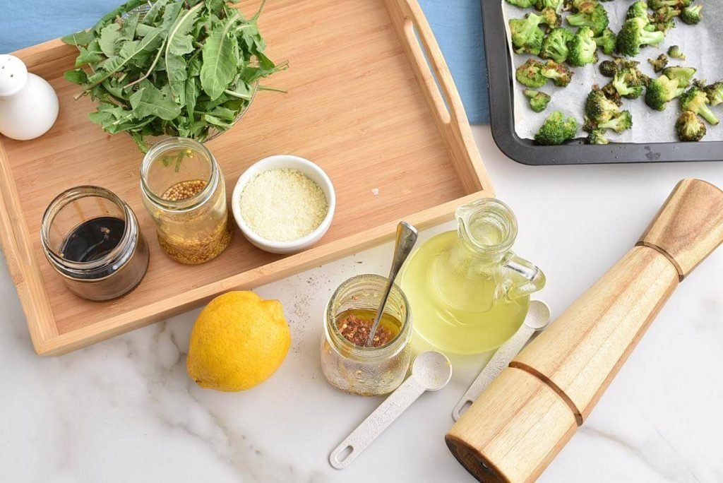 Lemony Roasted Broccoli, Arugula and Lentil Salad recipe - step 5
