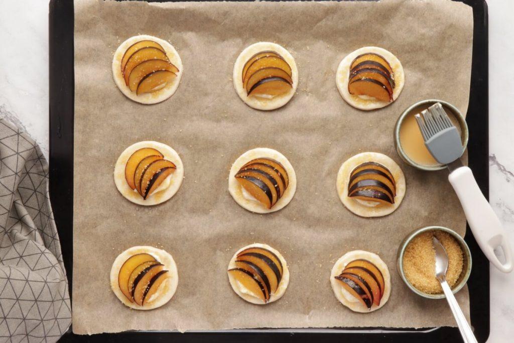 Mini Plum Tartlets recipe - step 6