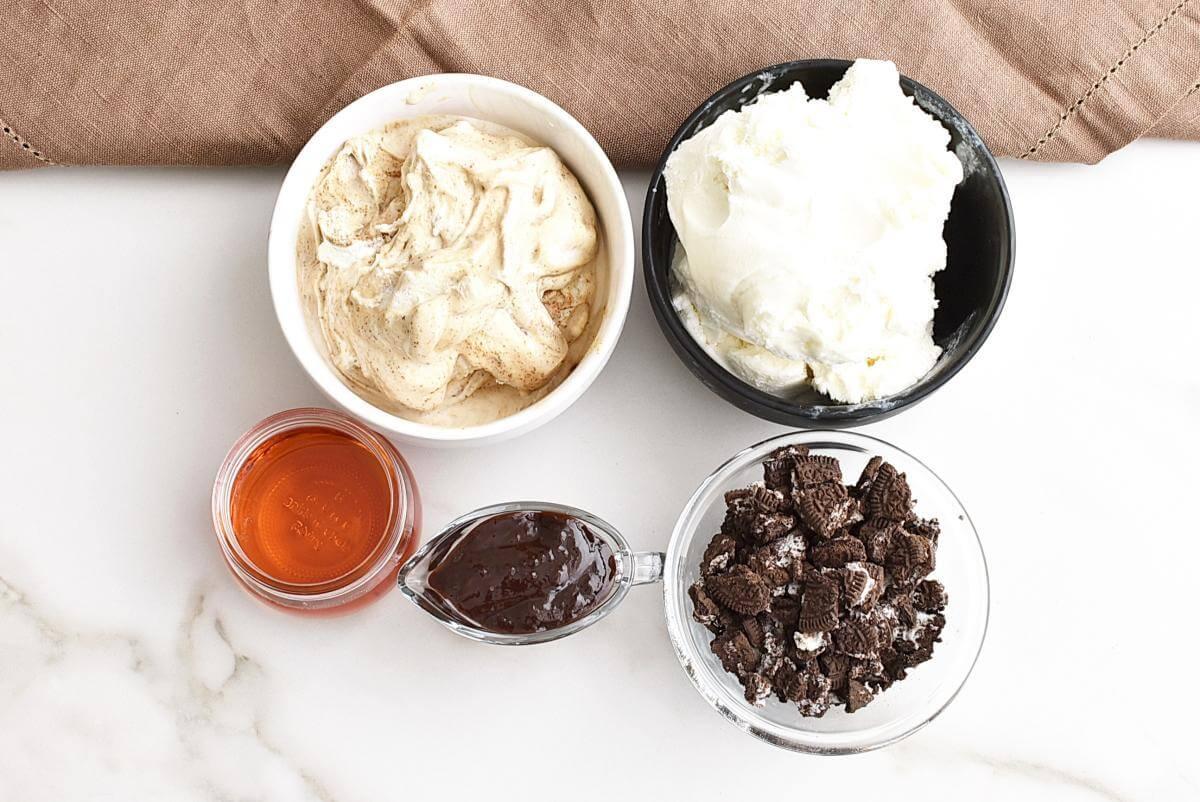 Ingridiens for Mud Pie in a Jar
