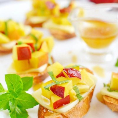 Peach-Bruschetta-Recipe-How-To-Make-Peach-Bruschetta-Delicious-Peach-Bruschetta
