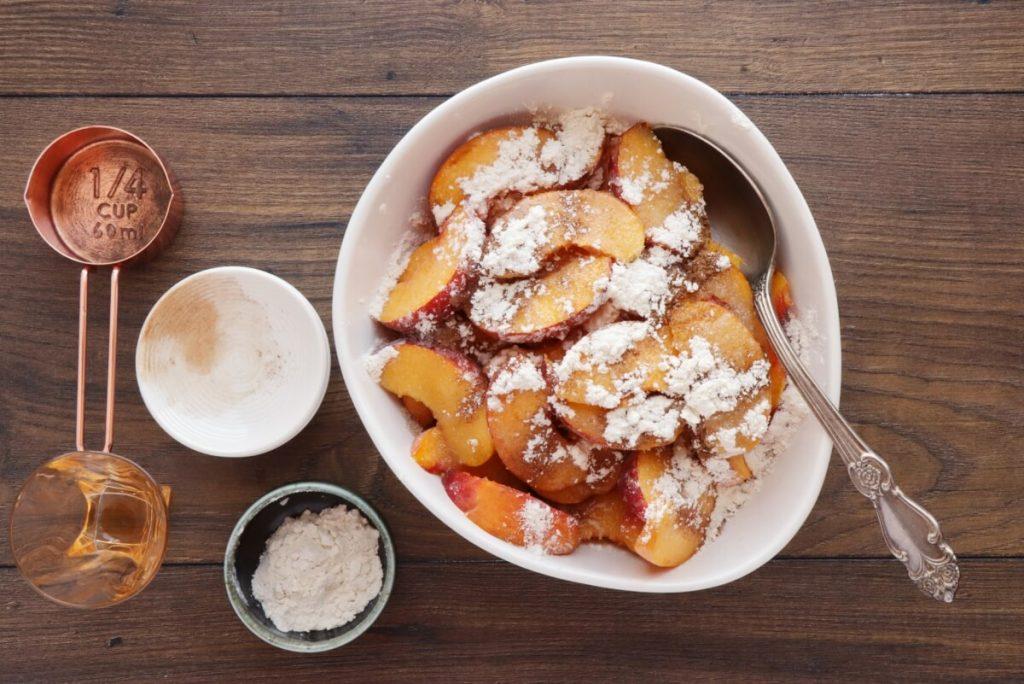 Fresh Peach Crostata recipe - step 3
