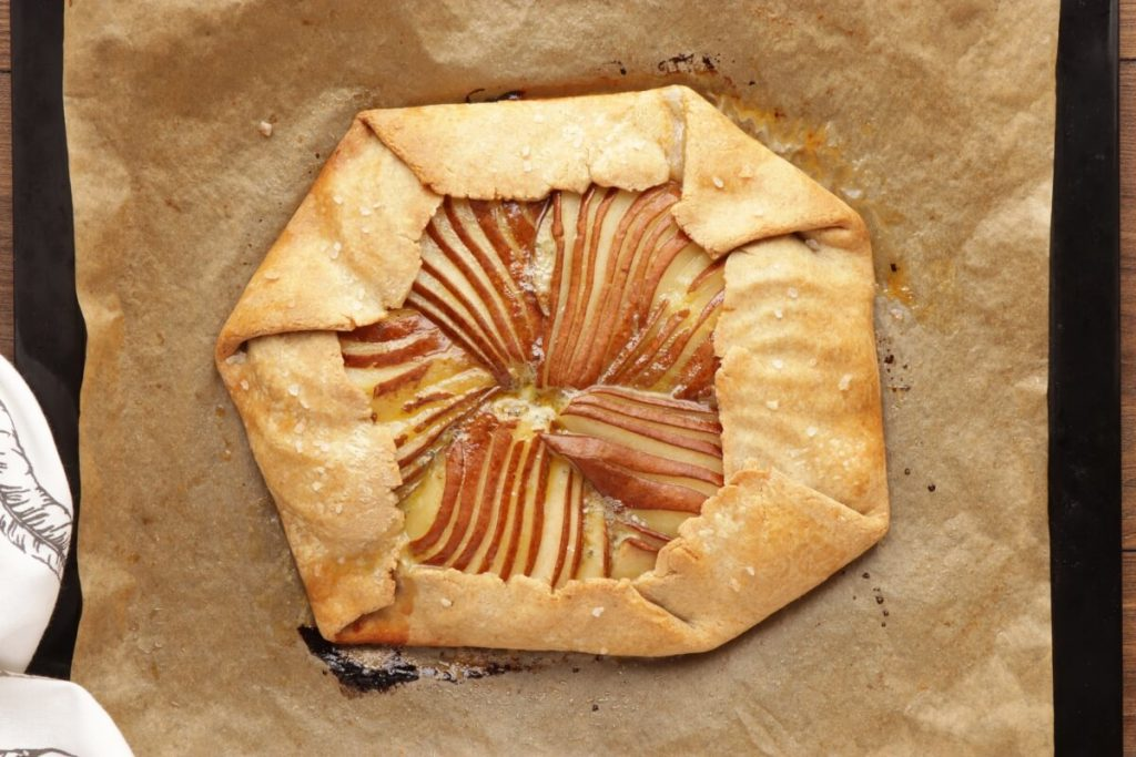 Pear and Blue Cheese Savory Galette recipe - step 8