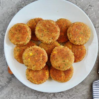 Potato and Tuna Patties recipe - step 7