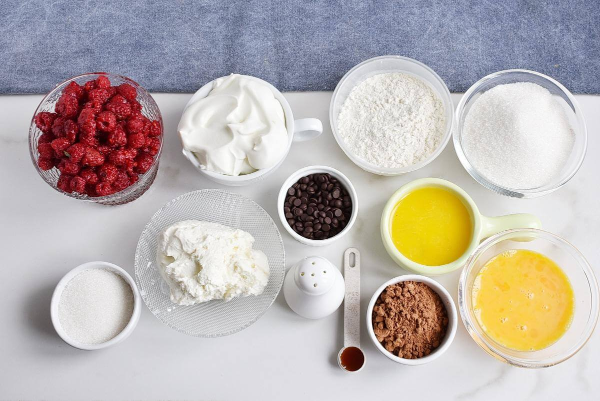Ingridiens for Raspberry Brownie Cheesecake Trifles