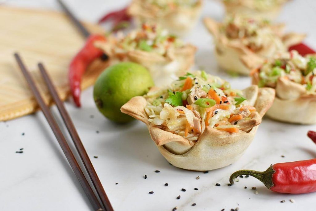 Thai Chicken Salad Wonton Cups Recipe–Homemade Thai Chicken Salad Wonton Cups–Easy Thai Chicken Salad Wonton Cups