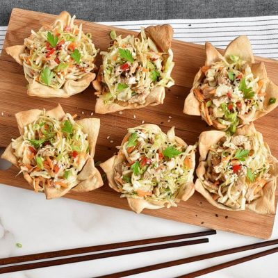 How to serve Thai Chicken Salad Wonton Cups