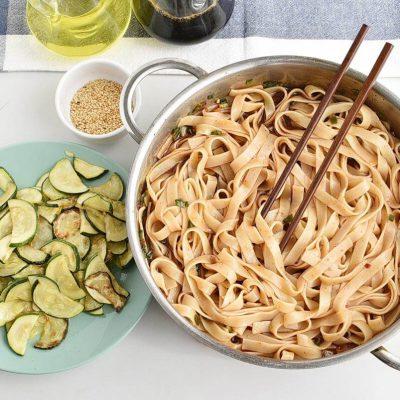 Thai Zucchini Noodles recipe - step 4