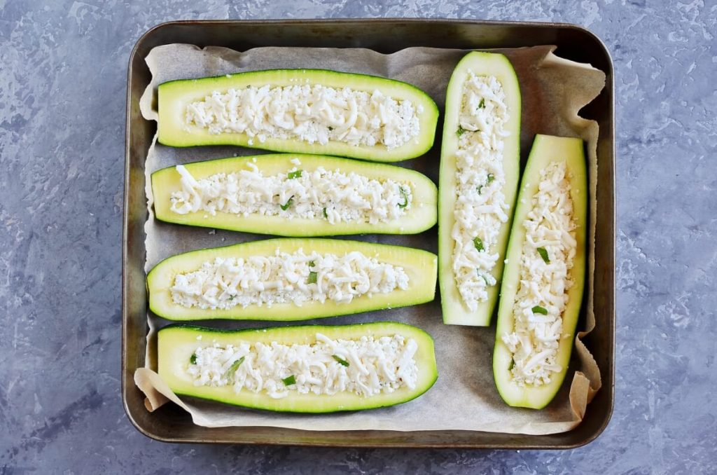 Low Carb White Pizza Stuffed Zucchini Boats recipe - step 4