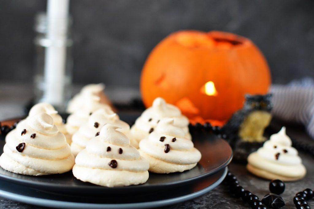 How to serve Almond Meringue Ghost Cookies