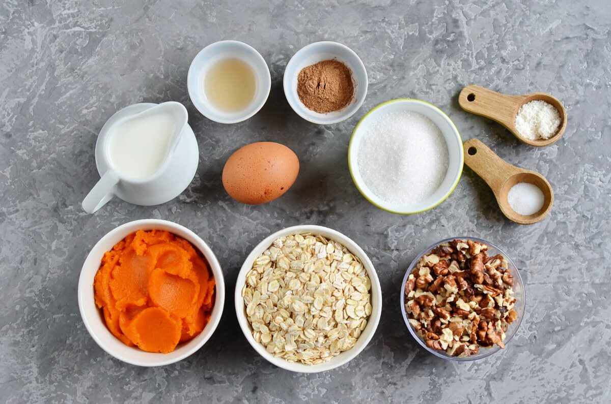 Ingridiens for Baked Pumpkin Oatmeal